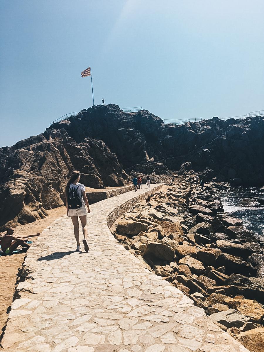 blanes beach strand barcelona aussicht sophisticated sisters lifestyle travel blog vienna austria