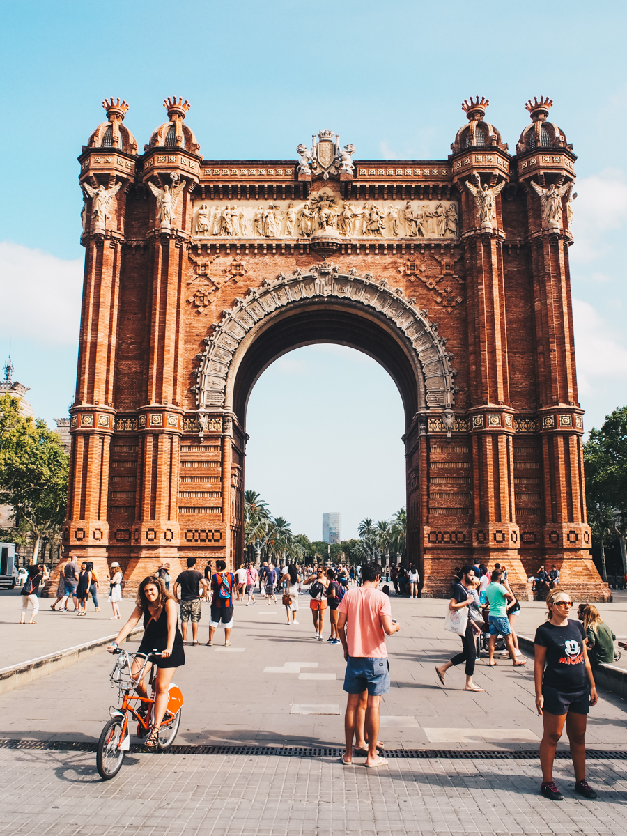 Arc de Trioumf Barcelona Highlights Sophisticated Sisters Lifestyle Travel Blog Vienna