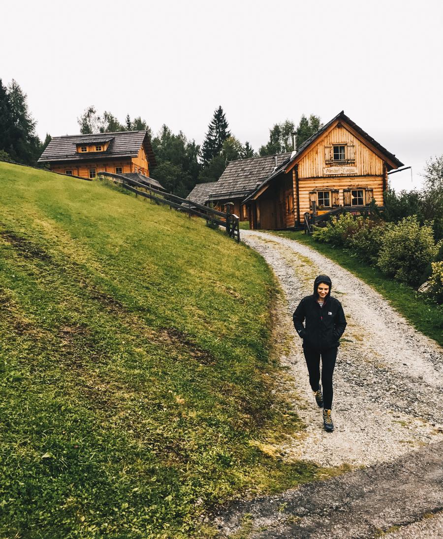 UNESCO Biosphärenpark Lungau Salzburgerland Wandern mit Bettina Dreiländerwirt Urlaub Österreich Sophisticated sisters Travel Lifestyle Blog Vienna Austria